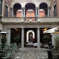 Foto diambil di Il Salumaio di Montenapoleone oleh Sergey K. pada 4/10/2012