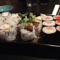 8/13/2012 tarihinde Alberto L.ziyaretçi tarafından Sea Monstr Sushi'de çekilen fotoğraf