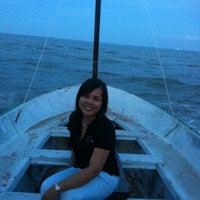 8/11/2012 tarihinde 🀄mORcHAt💊 g.ziyaretçi tarafından ห้องเสมา 3 Lakeside Pavillion'de çekilen fotoğraf