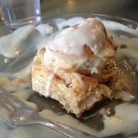 Photo prise au Winona's Restaurant par Rachel D. le2/18/2012