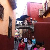 Foto tomada en Santo Café por Jesus O. el 5/20/2012