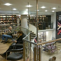 Photo prise au Waterstones par Kirill B. le8/24/2012