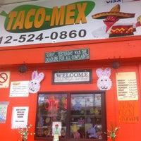 Foto scattata a Taco-Mex da Rupert R. il 3/29/2012