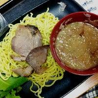 6/24/2012にRadley K.がYataimura Quality Food Courtで撮った写真