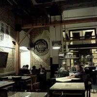 Foto scattata a Gusto da Giuseppe V. il 4/21/2012