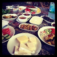 Снимок сделан в Yavuz'un Yeri пользователем Sinan C. 9/7/2012