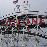 Photo prise au The Cyclone par Bill T. le8/27/2012