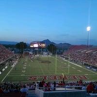 Photo prise au Sam Boyd Stadium par Nicolle S. le9/9/2012