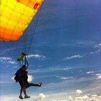 Foto scattata a Skydive México da Fotos mentales il 8/24/2012