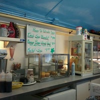 Photo prise au The Little Depot Diner par Whitney S. le3/17/2012