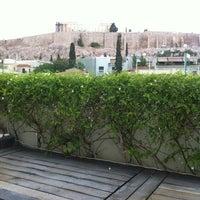Foto tirada no(a) Herodion Hotel por Daniel S. em 8/18/2012