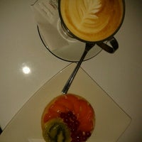 Снимок сделан в Lila Körte Cafe пользователем Heszti 9/1/2012