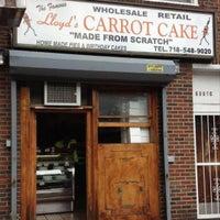 6/5/2012 tarihinde Zach Aaronsziyaretçi tarafından Lloyd's Carrot Cake'de çekilen fotoğraf