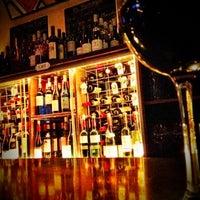 Foto scattata a Vin Sur Vingt da Steven S. il 7/28/2012