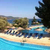 Das Foto wurde bei Samara Hotel von Vaniko D. am 7/30/2012 aufgenommen