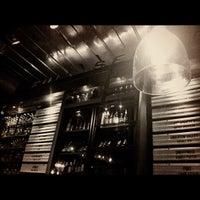 Das Foto wurde bei Leon's Full Service von eat. drink. repeat. am 6/12/2012 aufgenommen