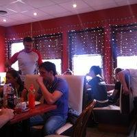 4/22/2012에 Alex P.님이 Алло! Пицца에서 찍은 사진