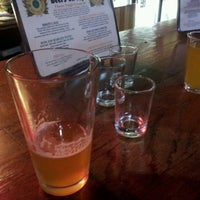 4/1/2012にWill J.がFull Circle Brewing Co.で撮った写真