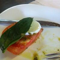 5/12/2012에 Flavia L.님이 Thiosti Restaurante e Choperia에서 찍은 사진