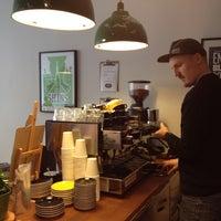 Foto scattata a Good Life Coffee da Inni il 4/18/2012