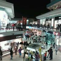 Photo prise au CC Plaza San Miguel par Eduardo T. le5/6/2012