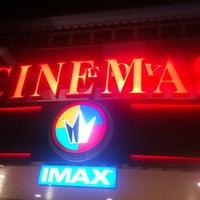 Das Foto wurde bei Regal Cinemas Fox 16 & IMAX von Elle B. am 7/4/2012 aufgenommen