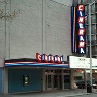 Foto scattata a Cinerama da Kennedy S. il 4/26/2012