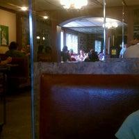 Das Foto wurde bei Sulimay's Restaurant von Rich F. am 7/21/2012 aufgenommen