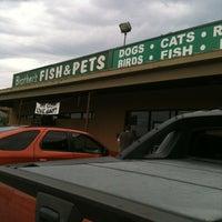 รูปภาพถ่ายที่ Brothers Pets โดย Bonnie P. เมื่อ 5/12/2012