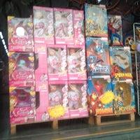 feb2698a0c1 ... Foto tirada no(a) New Center Brinquedos  amp amp  Presentes por Wjr ...