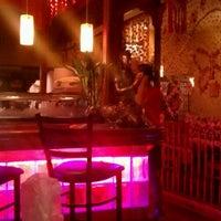 Foto diambil di Red Thai And Sushi oleh Brandon C. pada 5/16/2012