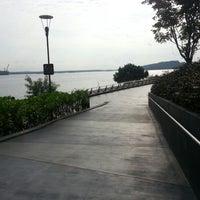 Foto scattata a Punggol Promenade da Joshua L. il 9/1/2012