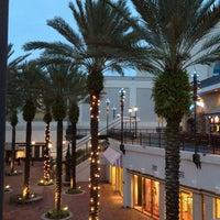 Снимок сделан в Pointe Orlando пользователем Paulo M. 8/26/2012