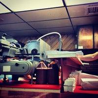 Foto tirada no(a) Harrison's Roast Beef por Sandy R. em 8/10/2012