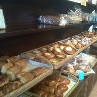 Foto scattata a Baan Bakery da Narissara C. il 9/1/2012