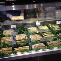 Foto scattata a Bocca Cucina Italiana da Gabe G. il 4/27/2012