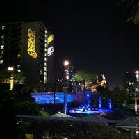 Foto tirada no(a) Grand Performances por Lin-duhh!! . em 7/28/2012