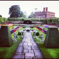 Photo prise au Hampton Court Palace Gardens par Jimmy S. le9/1/2012