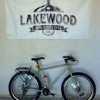 Photo prise au Lakewood Brewing Company par Beer P. le4/5/2012