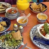 Foto diambil di La Choza oleh Cristina B. pada 6/19/2012