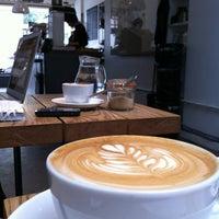 Das Foto wurde bei Store Street Espresso von Amy C. am 5/20/2012 aufgenommen