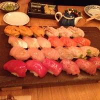 Das Foto wurde bei Sushi Yasuda von Edward T. am 4/15/2012 aufgenommen