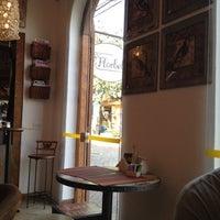 7/28/2012에 Lucas B.님이 Florbela Café에서 찍은 사진