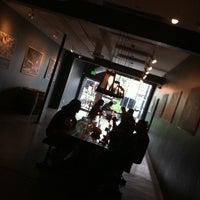 รูปภาพถ่ายที่ TRVE Brewing Co. โดย Darren B. เมื่อ 8/11/2012