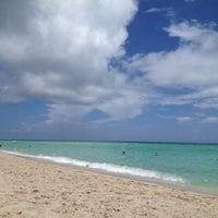 7/13/2012 tarihinde Larisa M.ziyaretçi tarafından Trump International Beach Resort'de çekilen fotoğraf
