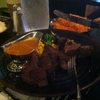 7/18/2012 tarihinde Jennifer D.ziyaretçi tarafından R2 Restaurant - Ray-Ray'de çekilen fotoğraf