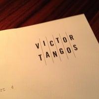 Foto tomada en Victor Tangos por Wayne G. el 6/27/2012