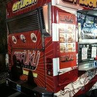 3/3/2012 tarihinde Tanauraziyaretçi tarafından Fukuburger Truck'de çekilen fotoğraf