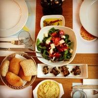 Снимок сделан в Safi Meyhane пользователем Elmyra🐾 7/5/2012