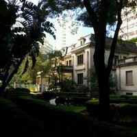 Снимок сделан в Casa das Rosas пользователем Maria A. 5/27/2012